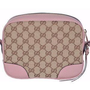 Gucci Bree pink camera bag